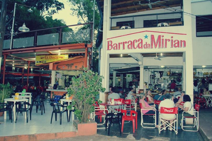 Feirinha-em-Puerto-Iguazú-Loumar-Turismo-1
